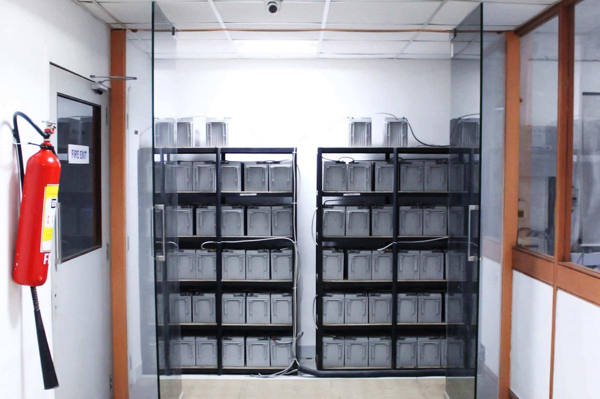 Emerson based UPS systems